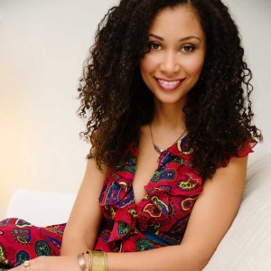 Scarlett Rocourt, the Beauty behind Wonder Curl! wondercurl.com