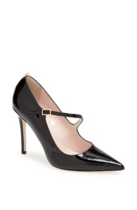 """Diana"" pump in black patent"